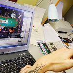 6 Benefits of Internet Poker
